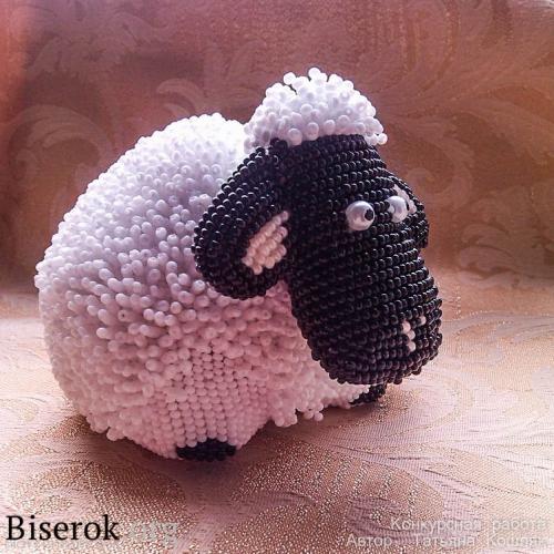 овца из бисера